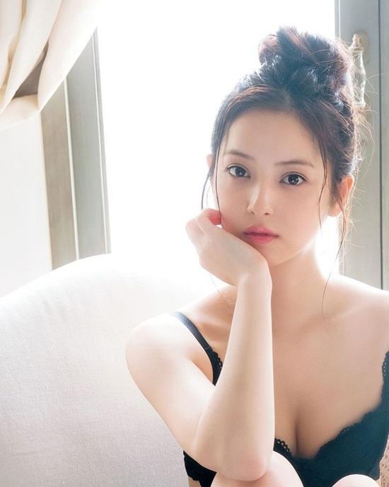 Nữ diễn viên JAV Nozomi Sasaki