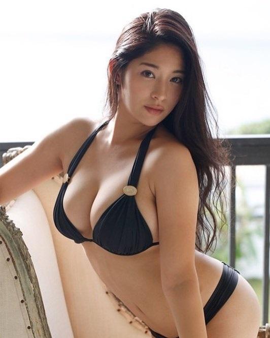 Một số hình ảnh nữ diễn viên JAVMegi Fujiura